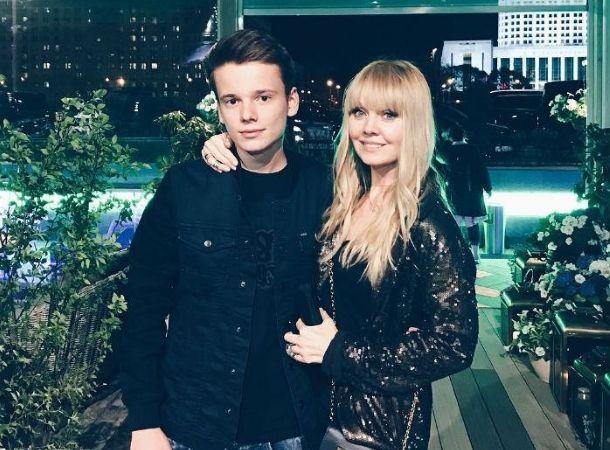 21-летний сын Валерии объявил о помолвке