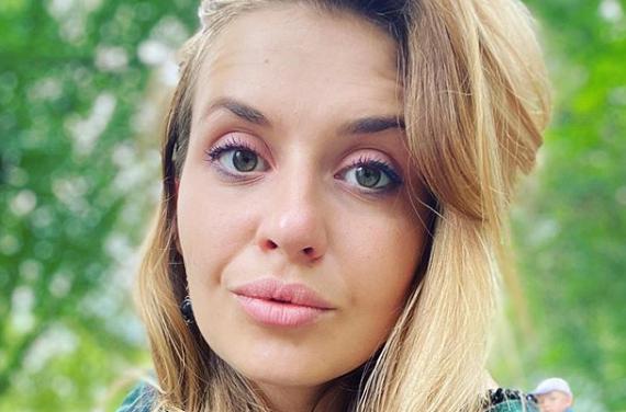 Анастасия Луговая рассказала, что ее пытались изнасиловать в поезде