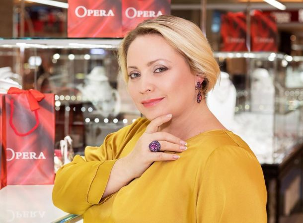 Светлана Пермякова показала подросшую дочь на отдыхе