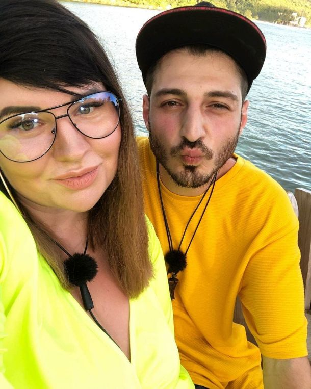 Муж Саши Черно опубликовал видео её родов
