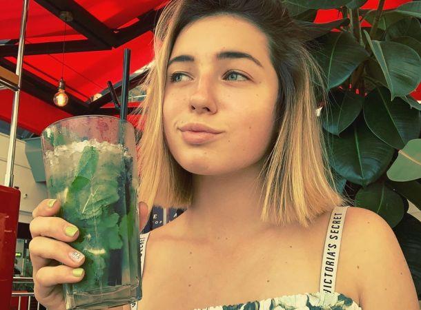 Мачеха Ариадны Волочковой продемонстрировала нежные чувства к девочке