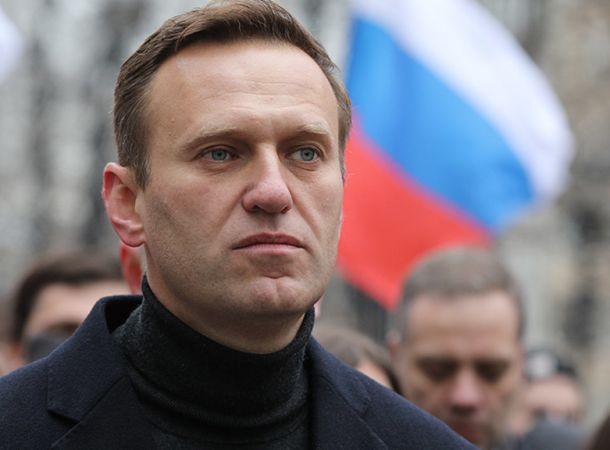 Алексей Навальный попал в реанимацию и подключен к аппарату ИВЛ