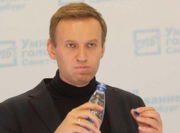 У Алексея Навального - отек мозга. Его состояние критическое