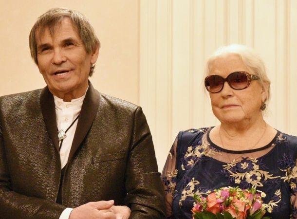 Дочь Федосеевой-Шукшиной рассказала об отсутствии интимных отношений матери и Бари Алибасова