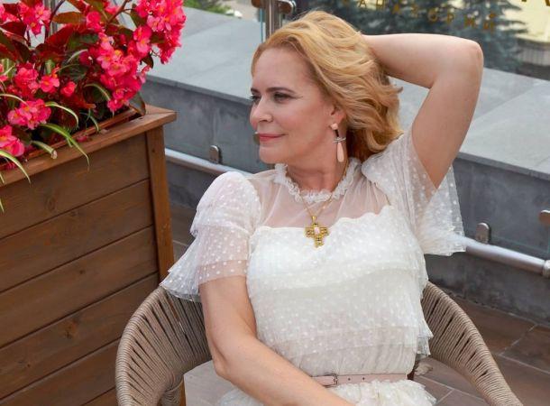 """""""Многое потеряла"""": Алена Яковлева пережила домогательства влиятельного мужчины"""