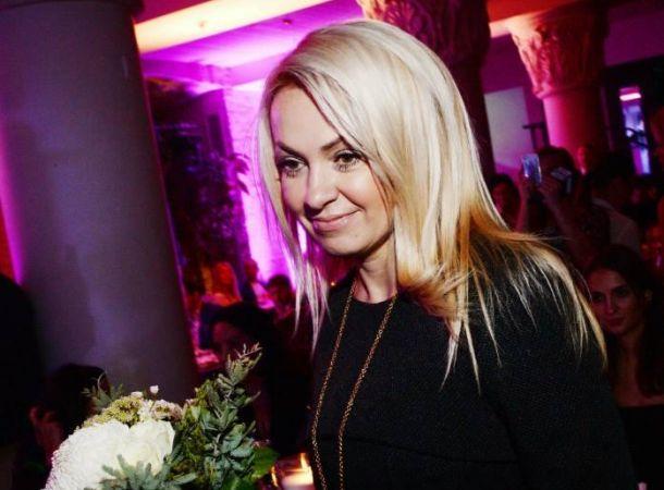Яна Рудковская поделилась трогательными кадрами со свадьбы сына Валерии