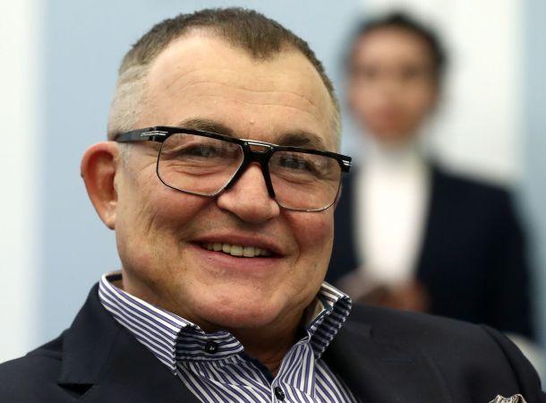 Дмитрий Дибров рассекретил размер своей пенсии