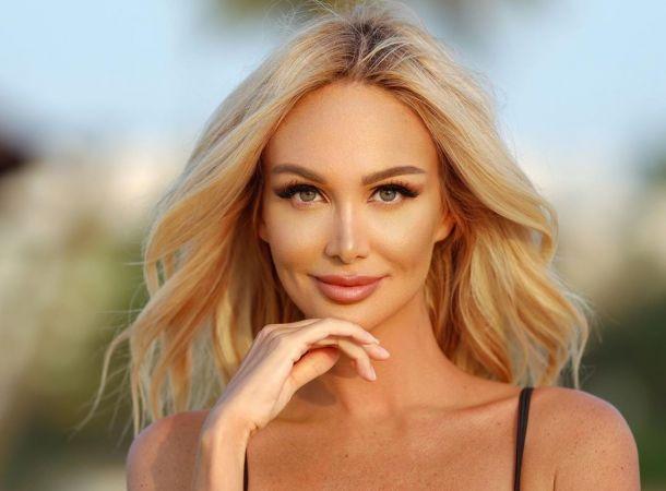 Маму Виктории Лопыревой приняли за её младшую сестру
