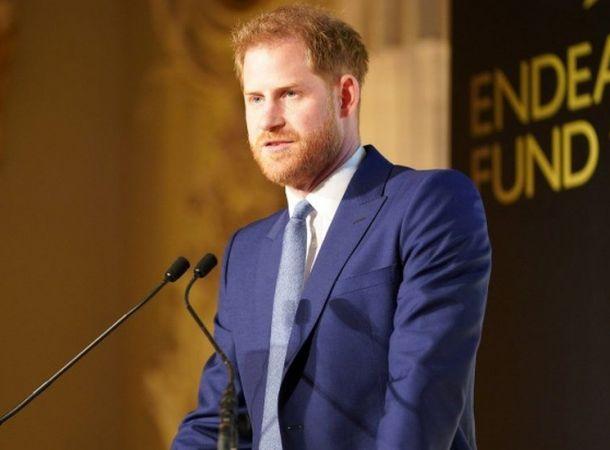 Меган Маркл отказалась возвращаться с принцем Гарри в Британию