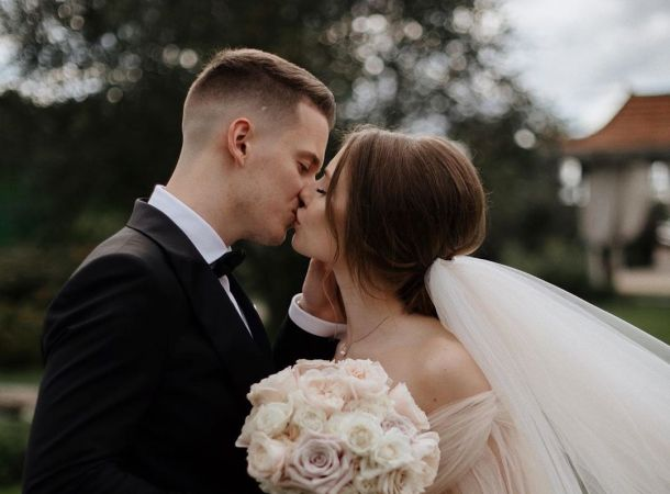 Арсению Шульгину и его жене испортили медовый месяц в Турции