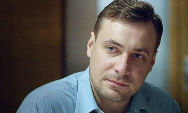 Евгений Цыганов объяснил свою нелюбовь к постельным сценам