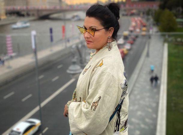 Анна Нетребко по собственной инициативе ушла на самоизоляцию
