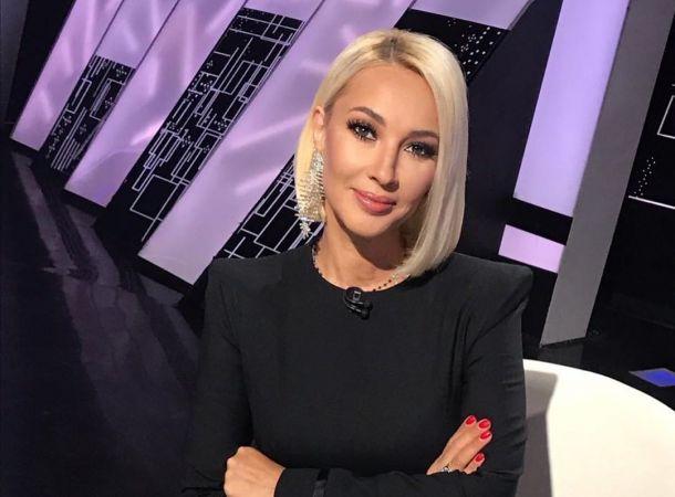 Лера Кудрявцева показала окровавленное ухо
