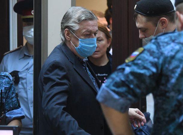 Михаил Ефремов обзавелся новым адвокатом