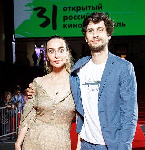 Екатерина Варнава вышла в свет вместе с Александром Молочниковым