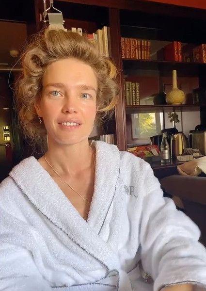38-летняя Наталья Водянова показала лицо без фильтров и макияжа