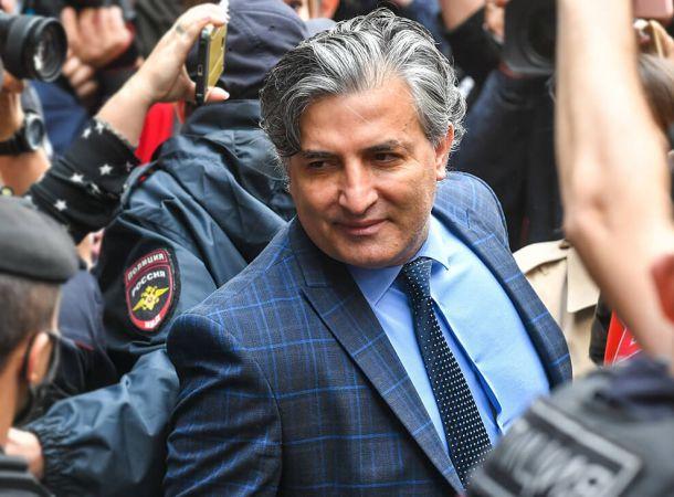 Бывший адвокат Ефремова Эльман Пашаев баллотируется в Госдуму