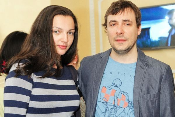 Бывшая жена Евгения Цыганова Ирина Леонова ищет няню