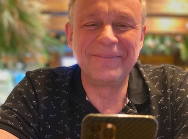 """Сергей Жигунов перенес """"операцию"""" прямо на борту самолета"""