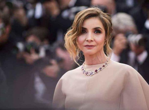 51-летняя венецианская принцесса Клотильда Куро произвела фурор «полуголым» платьем