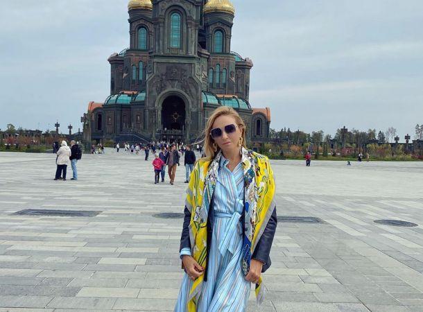 Татьяна Навка отправилась на шопинг вместе со стильной дочерью