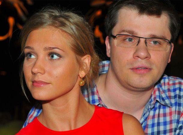 Гарик Харламов и Кристина Асмус продолжают жить под одной крышей