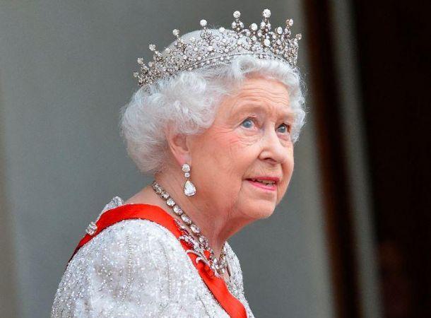 Елизавета II готовила тайный план для Меган Маркл и принца Гарри
