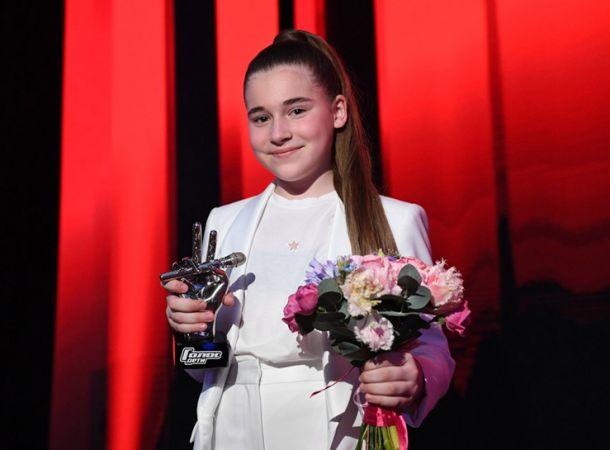 Младшая дочь Алсу дебютировала в качестве телеведущей
