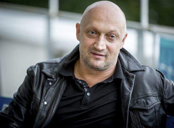 Больной коронавирусом Гоша Куценко продолжал ходить на работу