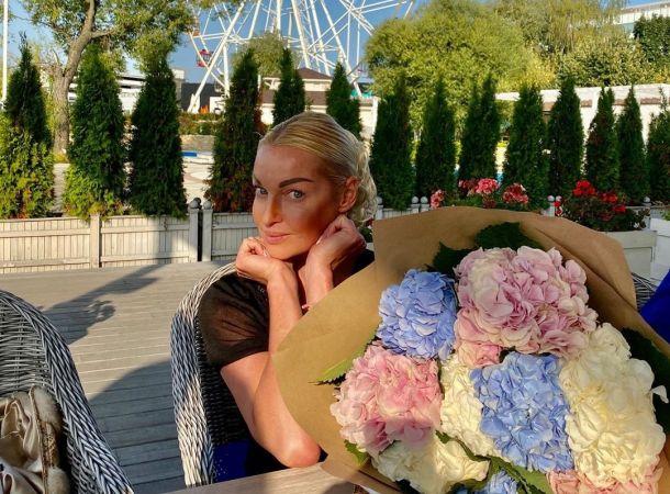 Анастасия Волочкова сняла жениха в полный рост