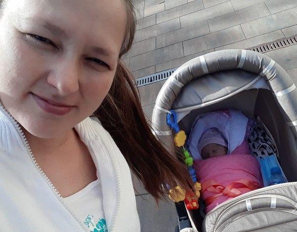 Родственники Аллы Пугачевой впервые показали ее новорожденную внучку