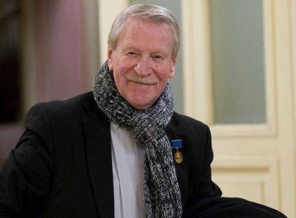 90-летний Иван Краско получил подарок для повышения мужской силы