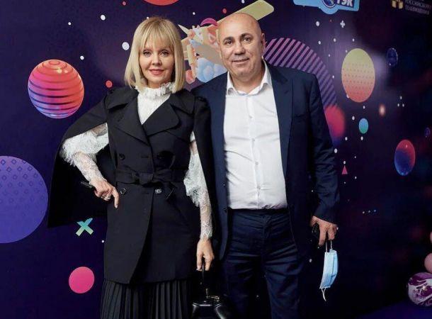 """Иосиф Пригожин анонсировал премьеру клипа со """"своей девочкой"""""""