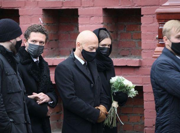 Федор Бондарчук нарушил православную традицию на похоронах Ирины Скобцевой