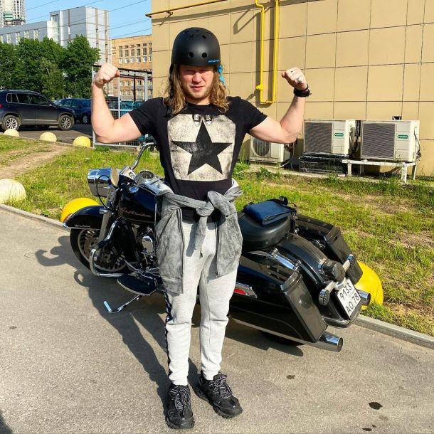 Экс-солист «Челси» Роман Архипов засветился на шоу «Голос»