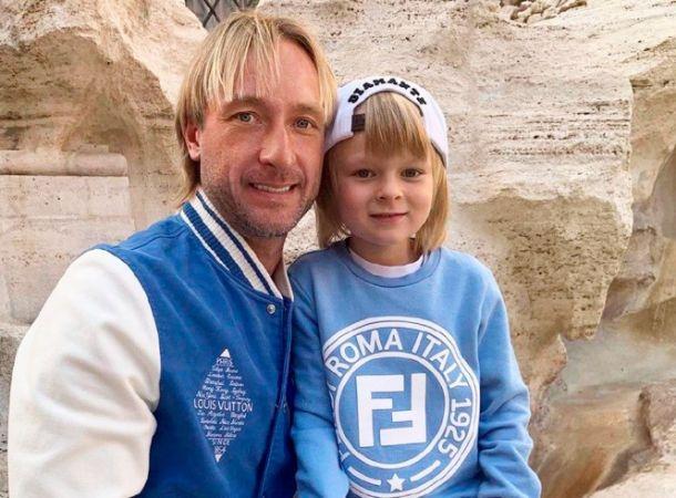 Евгений Плющенко показал, как дерется с 7-летним сыном