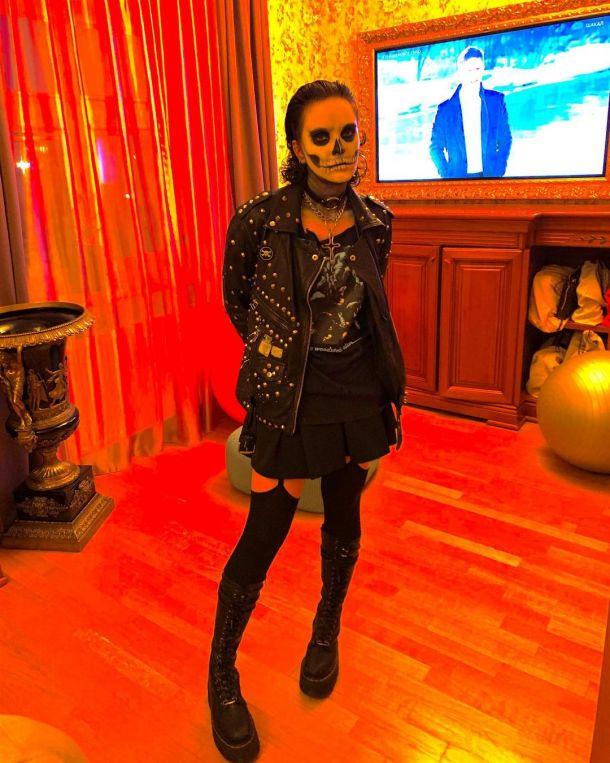 Дочь Ларисы Гузеевой напугала фанатов образом на Хэллоуин