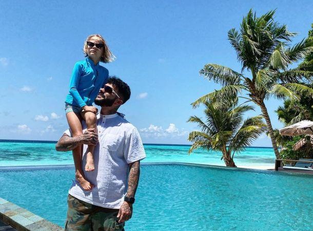 Тимати и Джиган познакомили детей на Мальдивах