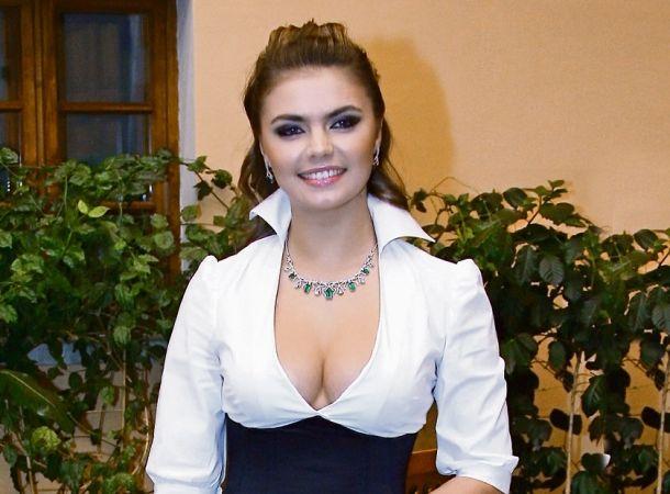 Алину Кабаеву поздравляют с рождением второго ребенка