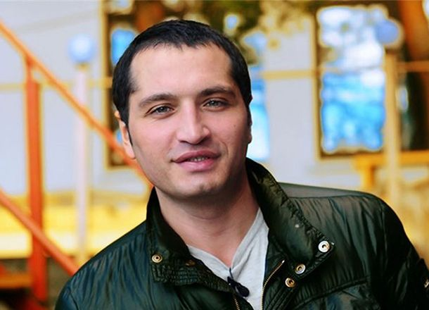 Рустам Солнцев рассказал, чем зарабатывает на жизнь Май Абрикосов