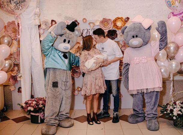 Арсений Шульгин показал отважную дочь на приеме у врача
