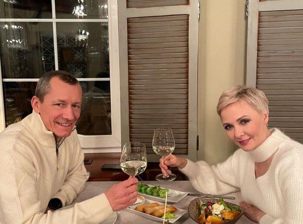 Дарья Повереннова с мужем-миллионером зажгла на вечеринке в честь их свадьбы