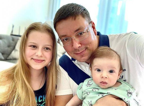 Андрей Чуев решил познакомить своих детей от разных жен