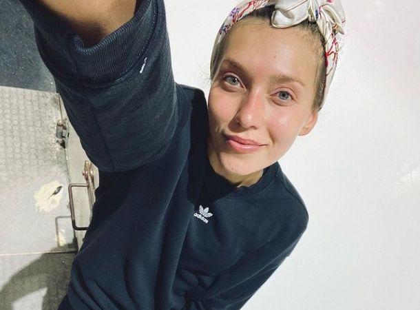 Регина Тодоренко рассказала, кто подарил ей большой букет на съемках шоу «Маска»
