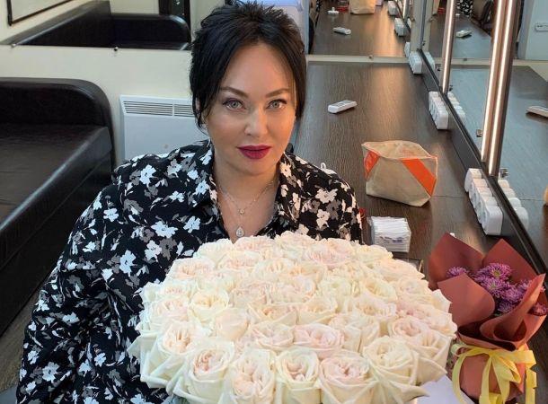 """У Ларисы Гузеевой из-за похудения появился """"второй подбородок"""""""