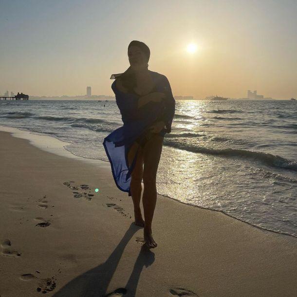 Анна Нетребко продемонстрировала фигуру в купальнике в Дубае