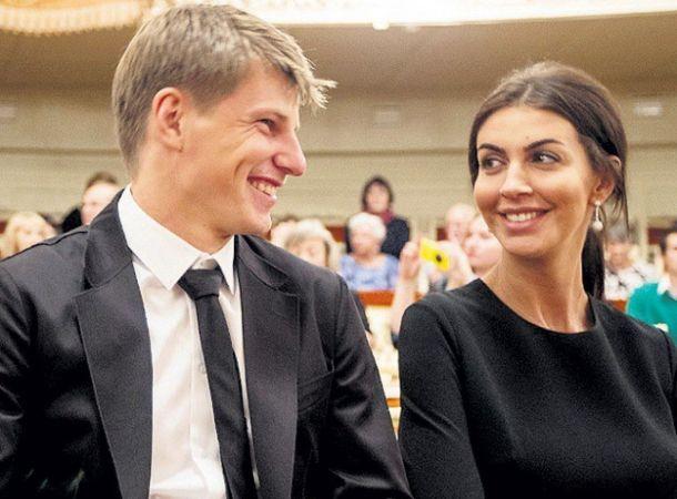 Александр Кинжинов предсказал новую свадьбу Алисы Казьминой