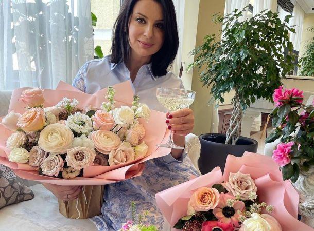 Екатерина Стриженова сломала руку на съемках телешоу
