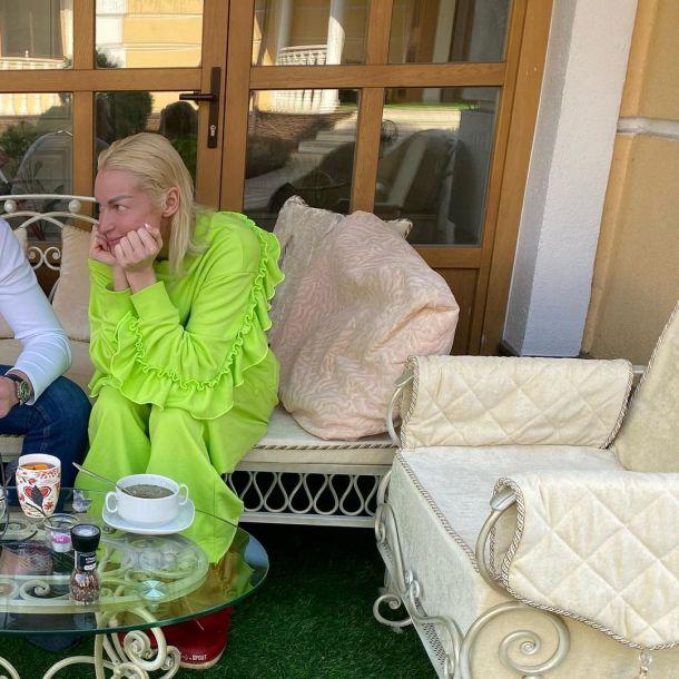 Анастасия Волочкова засветила лицо нового возлюбленного