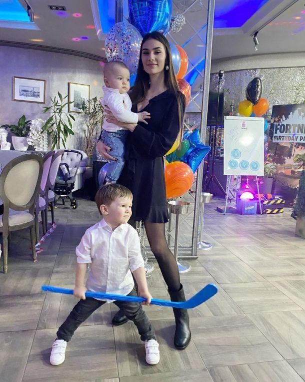 Анастасия Шубская показала трогательные отношения между сыновьями от Овечкина